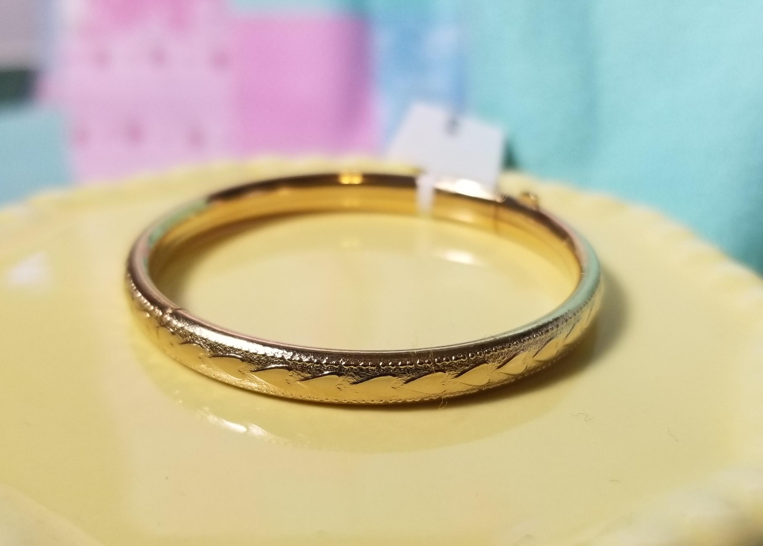 Gold Filled Raised Heart Bangle Bracelet  - Mt0009B